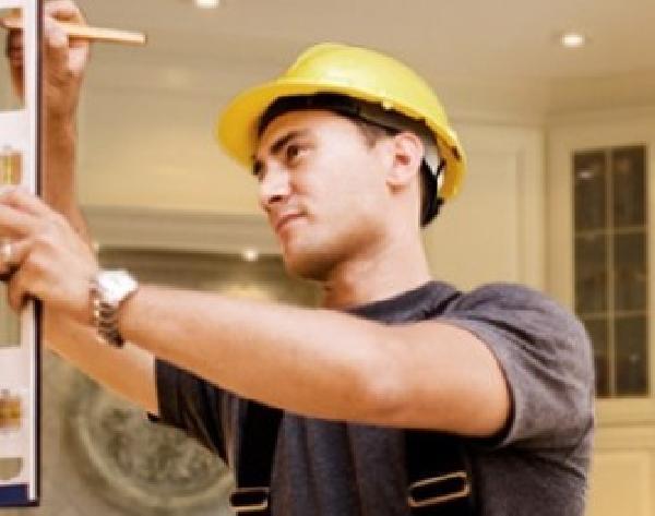 Найти строителя для ремонта квартир голосе