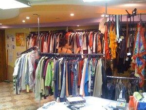 Секонд-хенд-–-отличный-вариант-приобретения-недорогой-и-эксклюзивной-одежды