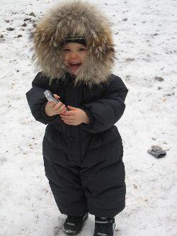 Каждый из родителей хочет давать своим детям самую качественную и красивую  обувь и одежду. Чтобы ребенку было всегда в ней комфортно и тепло. a5034173037